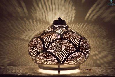 Oosterse lamp Isra Ghalia donker